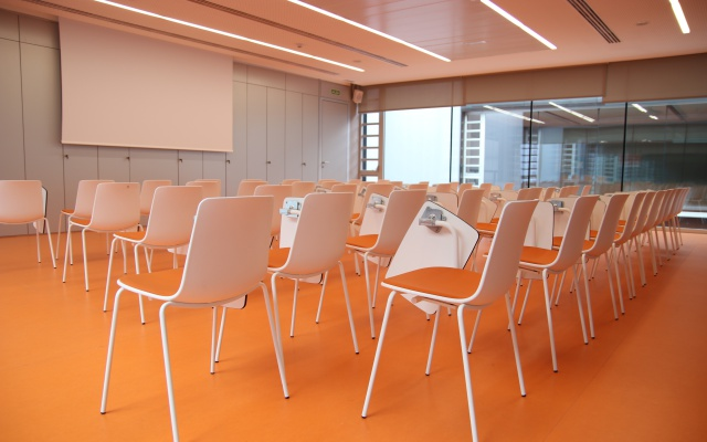 Coinnovation meeting room