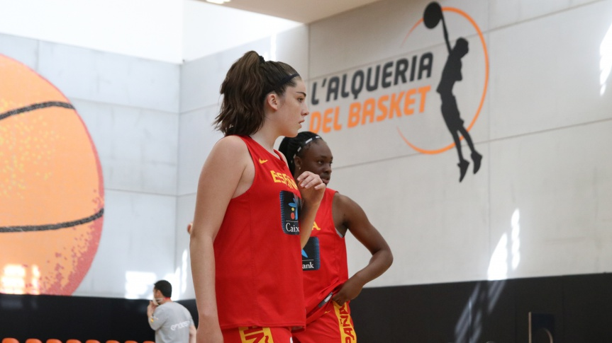 The participation of L'Alqueria grows with a Spanish team that enjoys in Valencia